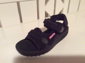 Original MBT Schuhe in schwarz