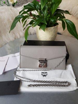 Original MCM Tasche Patricia Park Avenue Wallet NEU & Rechnung grau