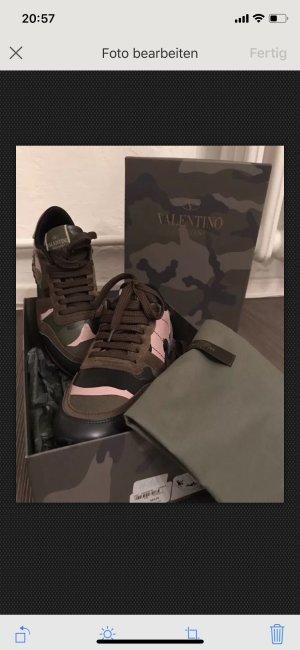 Original mit Rechnung neue ungetragene Valentino Sneacker / Schuhe Camouflage 36