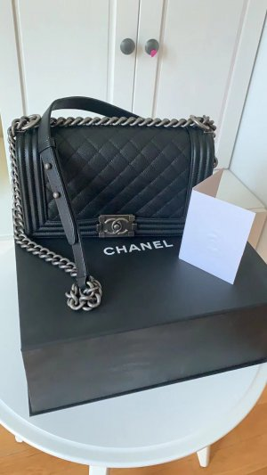 Original NEU Chanel Boy Tasche Handtasche Leder Medium mit ID Card