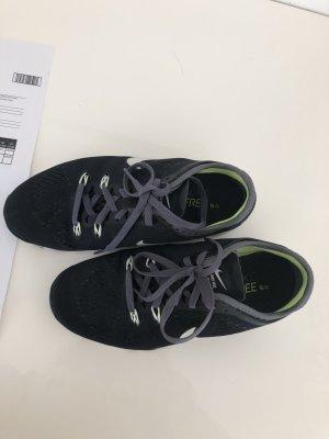 Original Nike Free 5,0 Mesh  Sneaker Gr.36,5