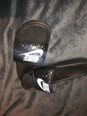 Nike Slip-on Sneakers black-white