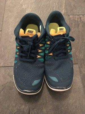 Original Nike Sneaker Gr. 38