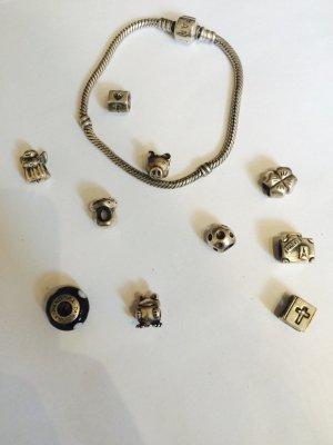 Original Pandora Armband mit vielen original Abhängern