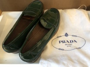 Original Prada Loafers Lackleder