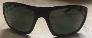 Prada Hoekige zonnebril zwart kunststof