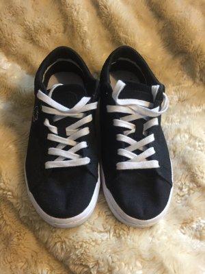 Original Schuhe von Lacoste