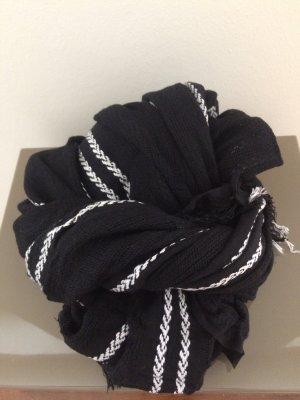 Original schwarz Weißer Schal von Filippa k Nur 1x getragen daher neuwertig