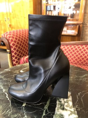 Stella McCartney Stivaletto con plateau nero
