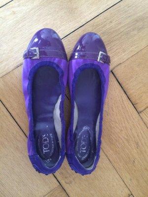 Original TODS Ballerinas in lila Satin ungetragen Groesse 40!!!