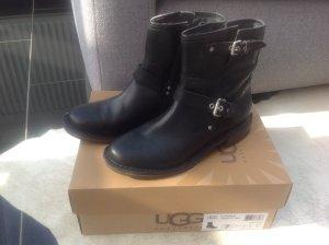 UGG Australia Boots black leather