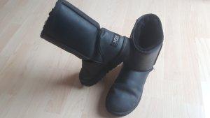 Original UGG Australia Boots Leder Schwarz 38
