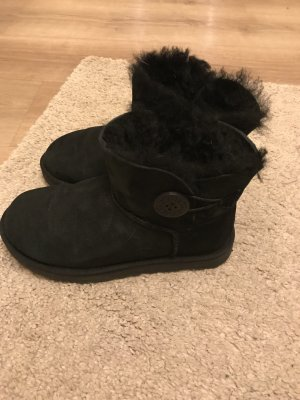 Original Ugg Bailey Button Mini