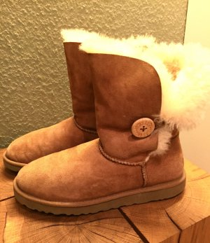 Original UGG Boot Bailey Button