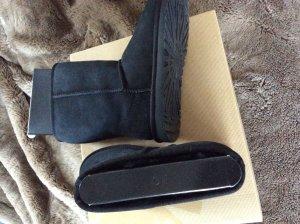 ❤️Original UGG Boots 40 (9) classic Short schwarz