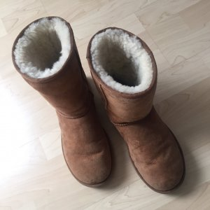 Original UGG Boots Classic short, chestnut