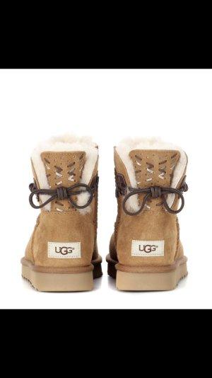 Original , UGG , Boots Gr. 38, Andoria, Farbe Chestnut , Neu