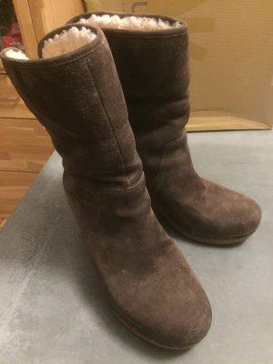 UGG Australia Fur Boots brown