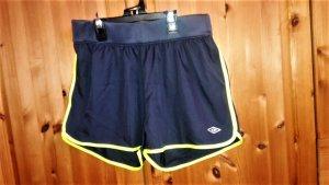 Original Umbro Sport Shorts NEU ungetragen