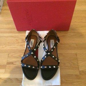 Original Valentino Rockstud Sandalen aus Leder mit Spitze