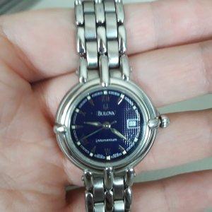 Reloj con pulsera metálica multicolor acero inoxidable