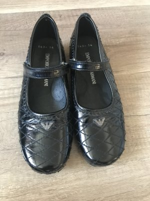 Originale Armani Schuhe für Mädchen.