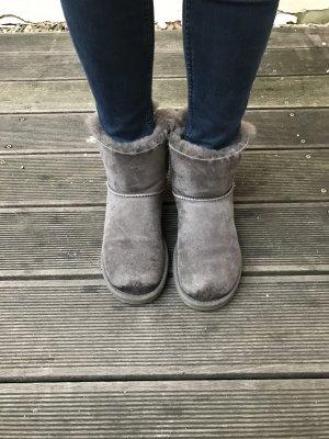 Originale graue UGG Australia Boots