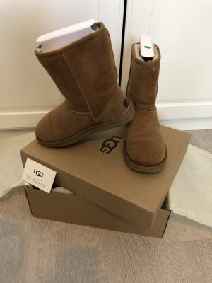 UGG Australia Snow Boots beige-camel leather