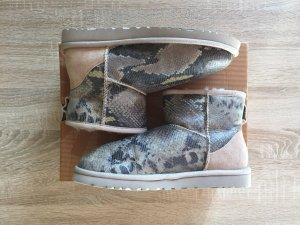 Originale UGG Boots in snake Optik