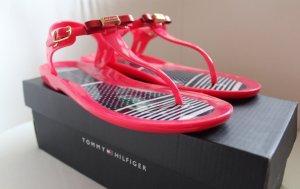 originale Verpackung / rote Sandalen / Zehentrenner von Tommy Hilfiger