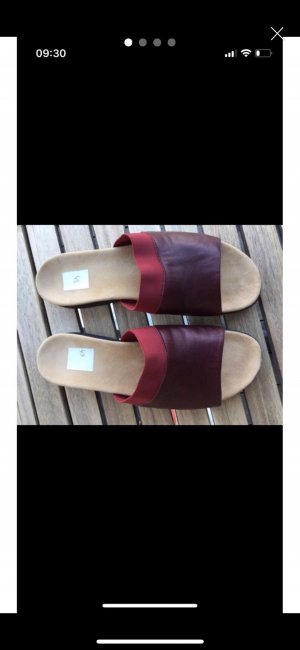 Zapatillas para casa rojo oscuro Cuero