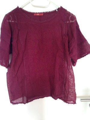 Ornament T-Shirt in dunklem rot Größe L