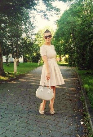 Orsay Kleid Gr. 34 XS beige Etui lady feminin blogger nude etuikleid spitze lace