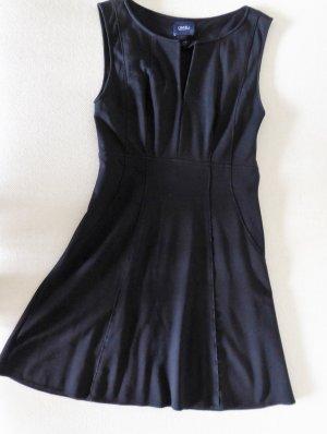 ORWELL | Elegantes, schlichtes Kleid | A-förmiger Schnitt