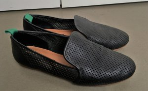 "* & other stories "" Ballerinas Slipper LEDER schwarz Lochmuster Gr 41"