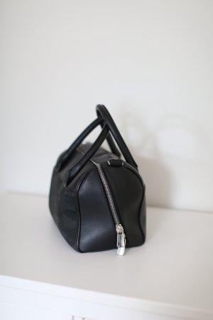 & Other Stories Bowling Bag Tasche schwarz Leder mit Zipper und Henkel