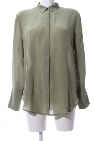 & other stories Blusa larga caqui look casual