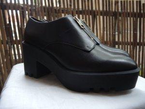 & Other Stories Schuhe Platform mit dicker Gummisohle und Zipper NP 135
