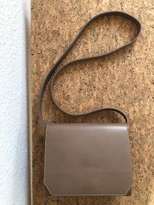 & otherstories Tasche Handtasche crossbody Leder nude beige minimalistisch Blogger Bag