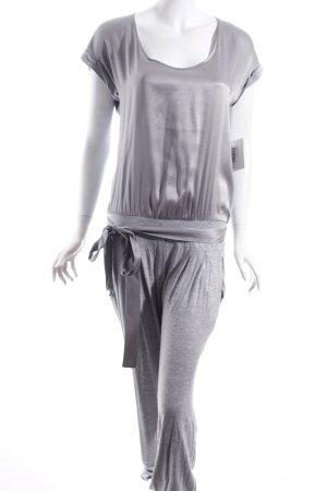 Oui Jumpsuit hellgrau Street-Fashion-Look
