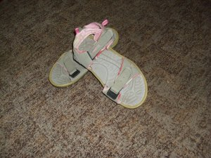 Sandale d'extérieur argenté matériel synthétique