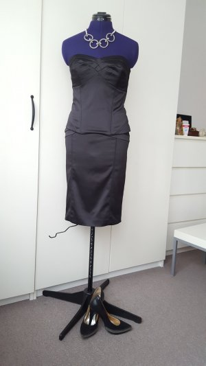 Outfit- Next twin set of corset and pencil skirt, size 36 + La Strada high heels, size 38