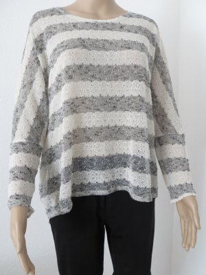 Over-Size Pullover leicht transparent