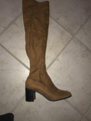 Zara Botas sobre la rodilla coñac-marrón