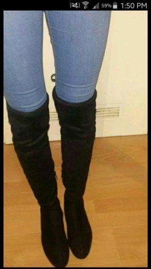 Overknee Stiefel in schwarz elegnat