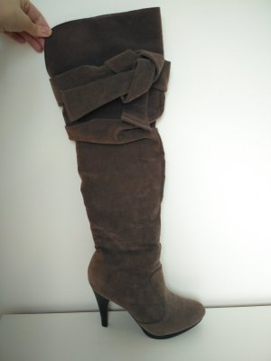 Overknee-Stiefel mit Schleife