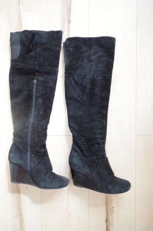 Overknee Wildleder Stiefel von Görtz in schwarz mit Keilabsatz