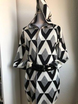 Oversize Cardigan/ Jacke, grafisches Muster, Schwarz/ Weiß