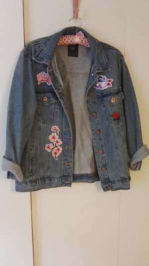 Oversize Jeansjacke mit Patches