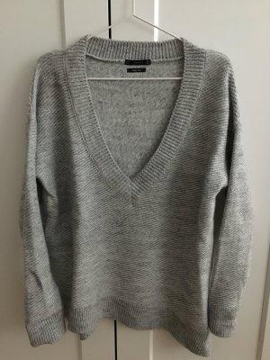 Oversize Pullover Zara grau V-Ausschnitt